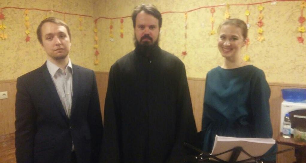 Семён Дробот VS Мария Якушева: «Монах на шоу Голос — За и Против» (01.11.15)