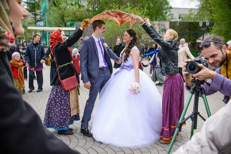 Новосибирск. Городской семейный благотворительный праздник «Мир на Земле начинается дома!» (15.05.16)
