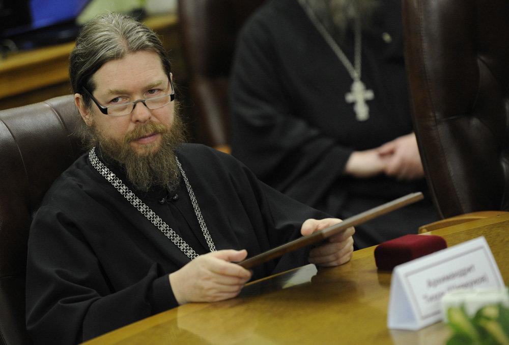 Епископ Тихон Шевкунов: «Мы в ответе за историческую правду о своей стране» (13.12.16)