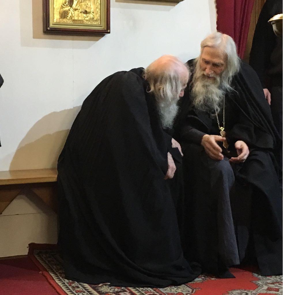 #ФотоДняРусскоеПоле Схиархимандрит Илий (Ноздрин) и иеромонах Владимир.