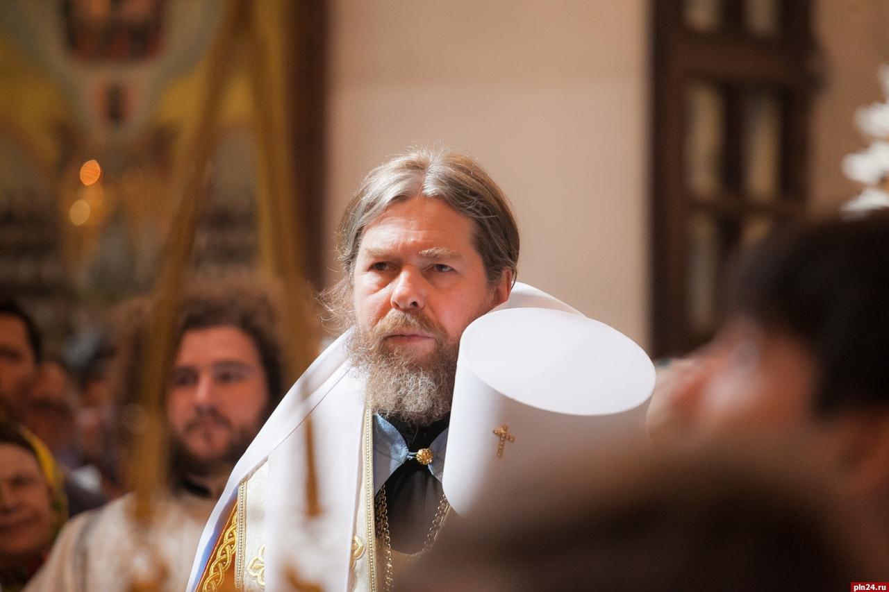 Митрополит Тихон (Шевкунов): «Прощание с братиею Сретенского монастыря и первое пастырское слово на псковской кафедре» (17.05.18)