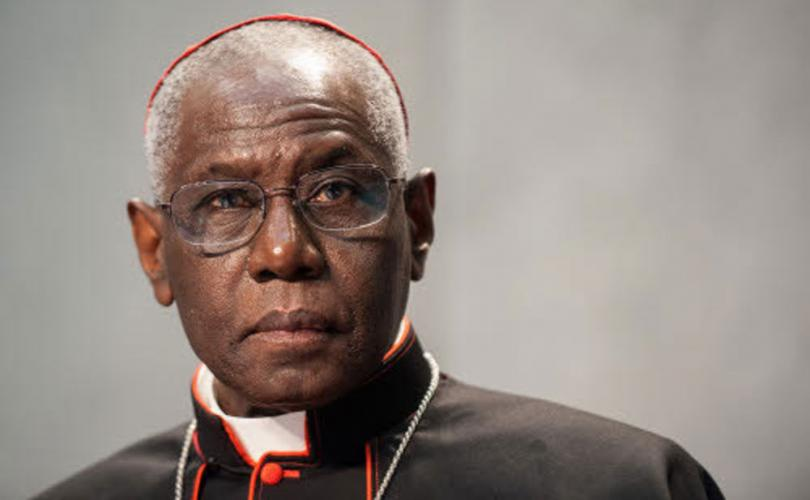 Кардинал Роберт Сара: «Запад без Бога может стать более разрушительным, чем исламистский терроризм» (25.05.18)