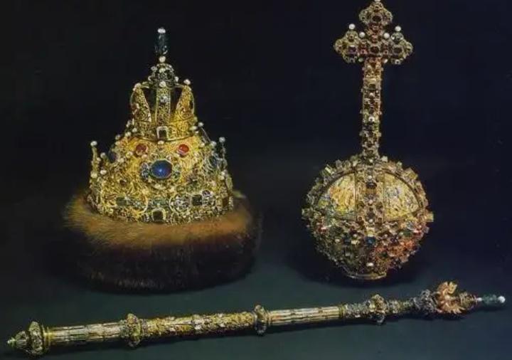 Надежда Юдина: «О необходимости перехода к монархической форме правления» (08.06.18)